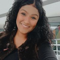 Imagem de perfil: Luana Santos