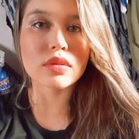 Imagem de perfil: Julianne Moreira